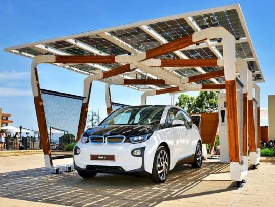 bmw-solarna-garaz-panely-cista-energia-elektromobil-domacnost-3