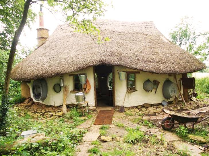 nizkoenergeticky dom postaveny z hliny