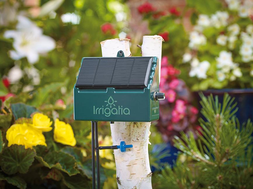 Irrigatia C12 hero 72dpi Nezávislá solárna kvapková závlaha ušetrí až  90 % vody
