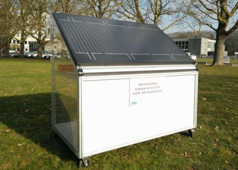 Hydrogen Producing Solar Panel For GPE Website Vedci vyrobili nový solárny panel vyrábajúci vodík