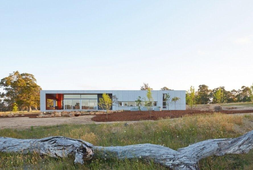 Paddock House4 889x598 Moderný pasívny dom z Austrálie so solárnou technológiou