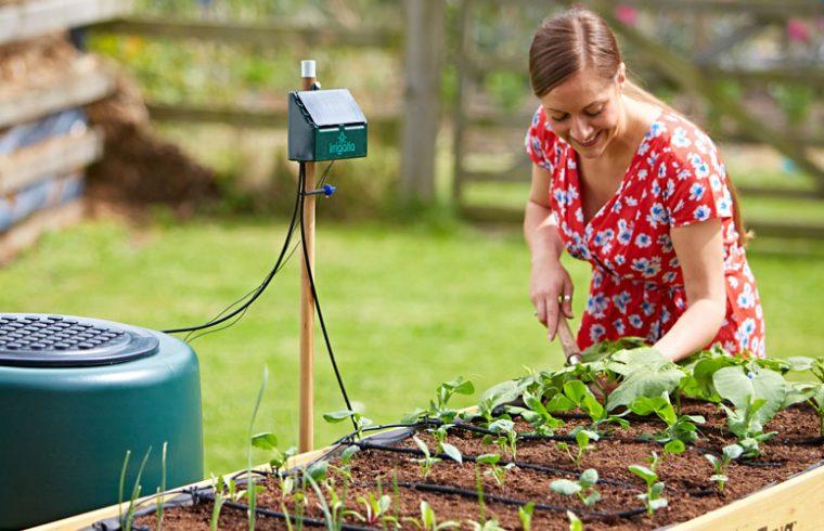 solárna závlaha a záhradkárka