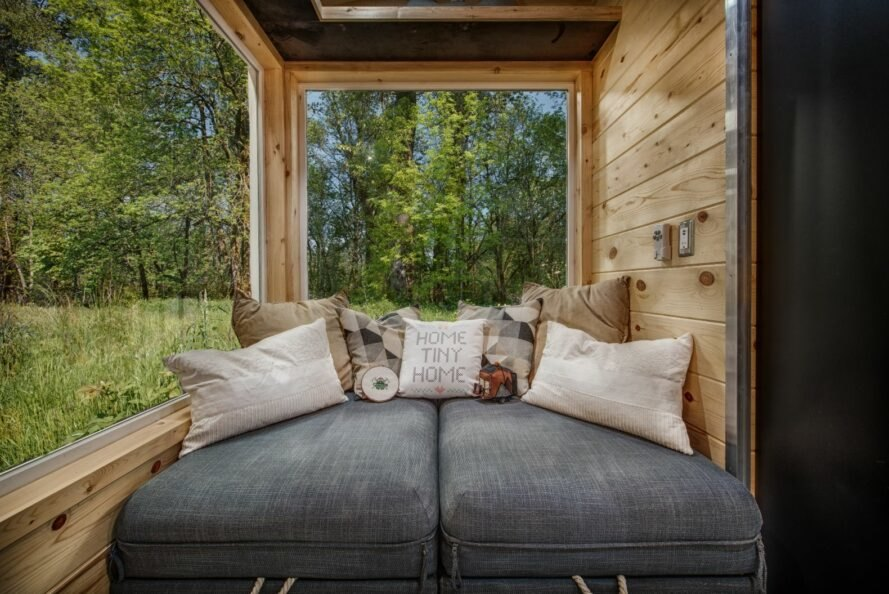 mini-dom-postel