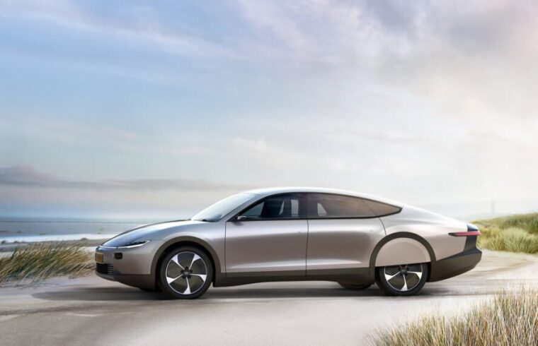 elektromobil-solarne-panely