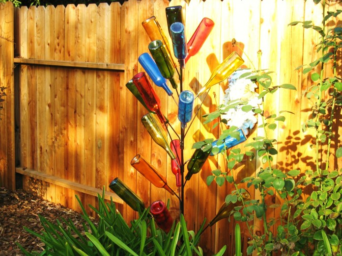 zahradna lampa z flias