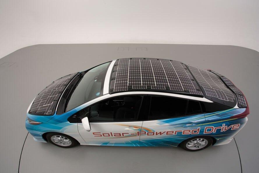 solarne panely toyota prius