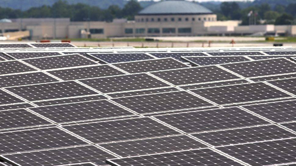 solarne panely letisko